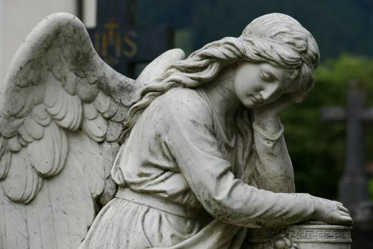 sad angel statue